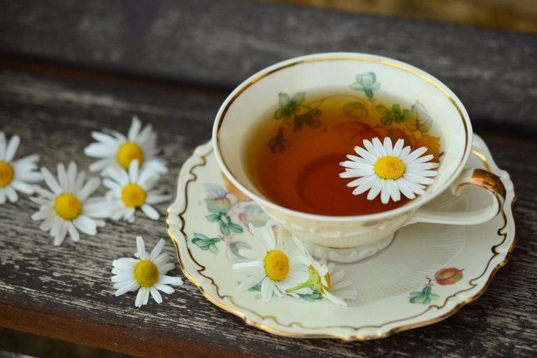 Herbaty ziołowe mogą pomóc na różne dolegliwości trawienne
