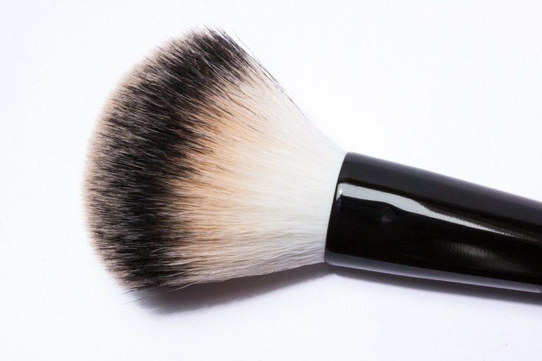 Jak wybierać dopasowane do oczekiwań kosmetyki?