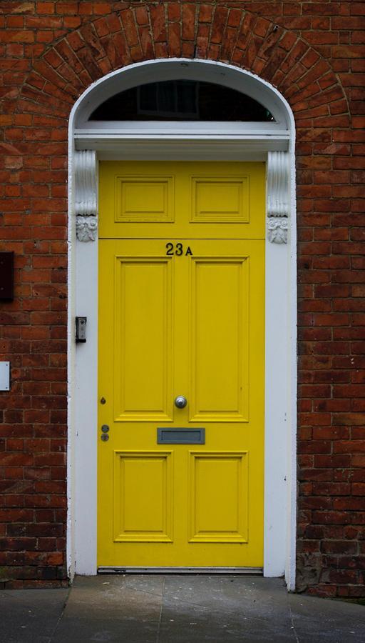 Jakie drzwi do mieszkania?