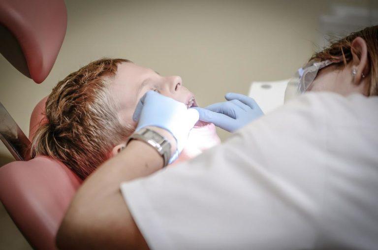 Aparaty na zęby i ich najpopularniejsze typy